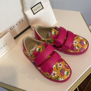 🆕GUCCI kids shoes size 8 Toddler